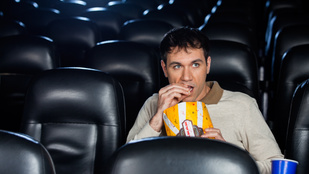 Mondhatta volna, hogy ne menjünk moziba
