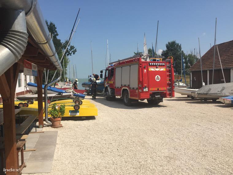 Keszthelyi tűzoltók indulnak mentésre