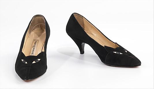 Tokio Kumagaï 1986-ban dobta piacra az ikonikussá vált macskás cipőt.