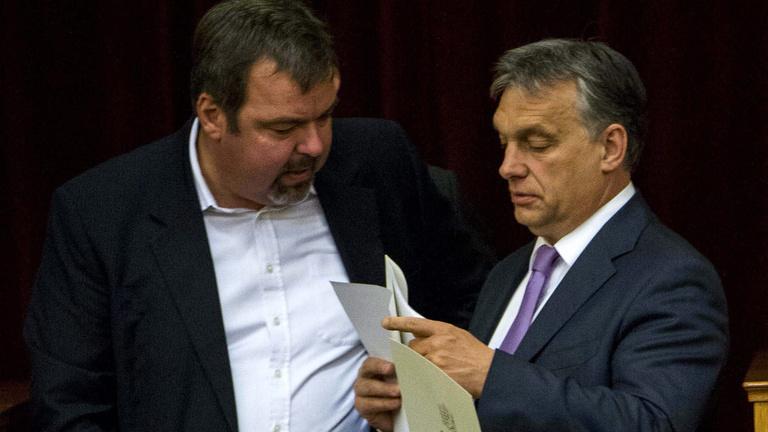 Orbán kérdőre vonta L. Simont a rákellenes barackmag miatt