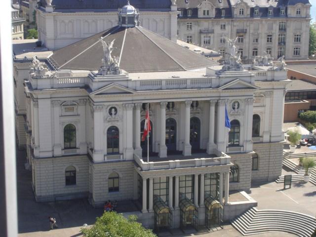 Zürichi Opera