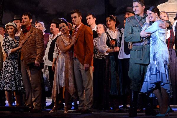Viktória - Budapesti Operettszínház