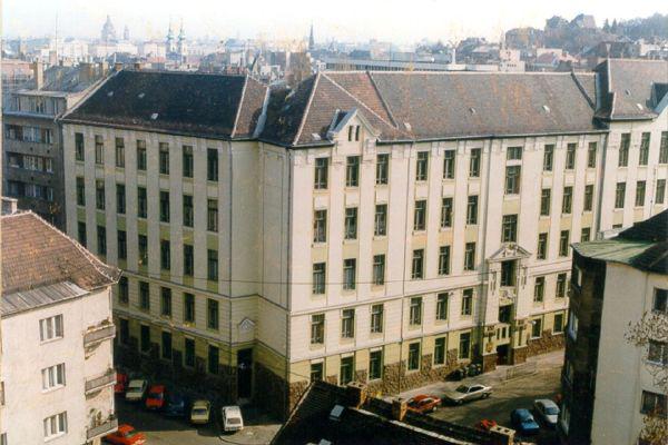 Jurányi utca 1-3. - FÜGE-inkubátorház