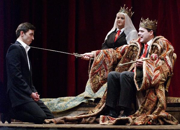 János király - Polgár Csaba, Pogány Judit, Debreczeny Csaba (Örkény Színház - fotó: SzoFi)