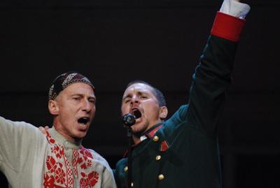 A hős és a csokoládékatona (Bán János, Nagy Ervin - fotó: Zsizsi)