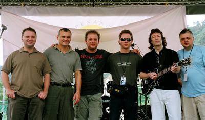 Steve Hackett a Djabéval