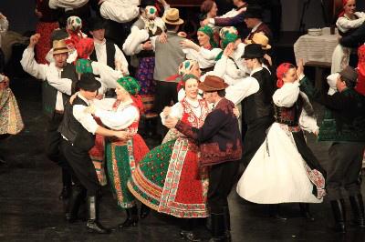 Kalotaszegi táncok - Mecsek Táncegyüttes