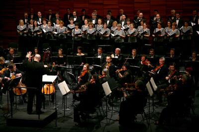 Mini-Fesztivál 2010, Debreceni Filharmonikus Zenekar és Debreceni Kodály Kórus, vez.: Kocsár Balázs