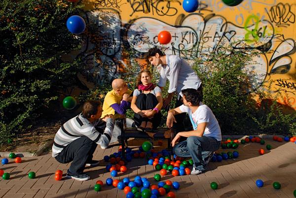 Kisded játékok (KoMa Társulat - fotó: Kiss Gergely)