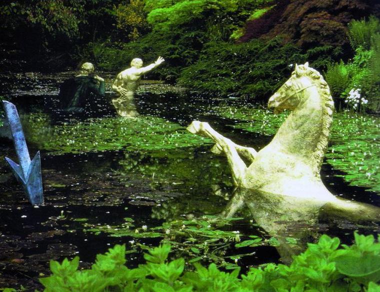 Anne és Patrick Poirier: Kis (be)rendezés a vizen