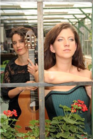Mezítlábas Zenészek: Koltai Kata és Bodrogi Éva