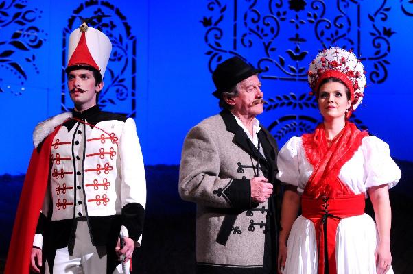 Háry János - debreceni Csokonai Színház