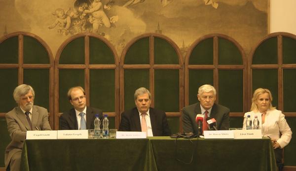 Zeneakadémia sajtótájékoztató 2011. 07. 21. (Csepeli László, Lakatos Gergely, Batta András, Bányai Miklós, Lövei Tünde)