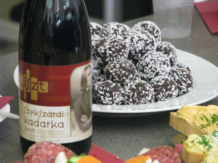 Kadarka és csokigolyó