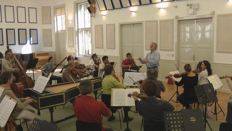 Budapesti Barokk Fesztiválzenekar (vez: Reinhard Göbel)