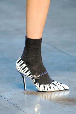 Dolce and Gabbana Ready-to-Wear 2011 ősz