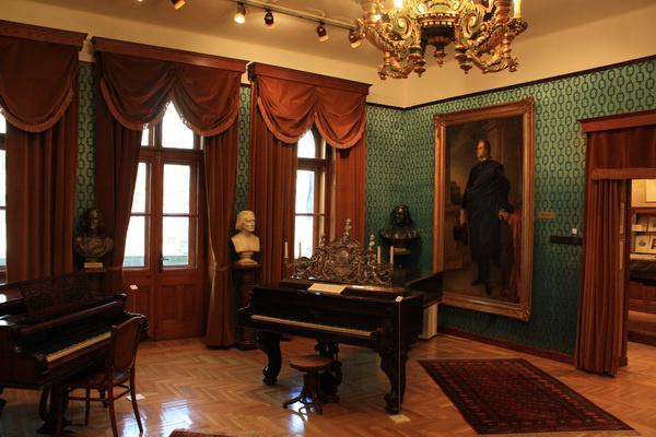 Liszt Fernec szobája utolsó budapesti lakhelyén, a Régi Zeneakadémián
