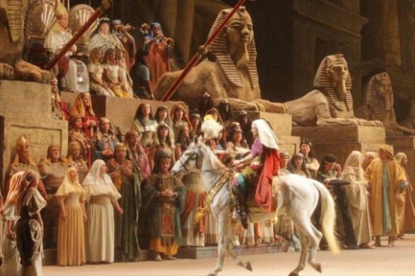Verdi: Aida; rendező: Franco Zeffirelli