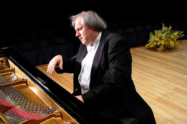 Grigory Sokolov, Szokolov