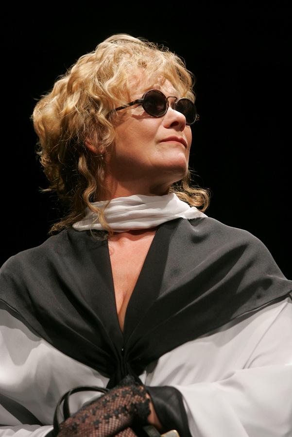 A Nemzeti Színház 2006/2007-es évada - Mesél a bécsi erdő - Básti Juli