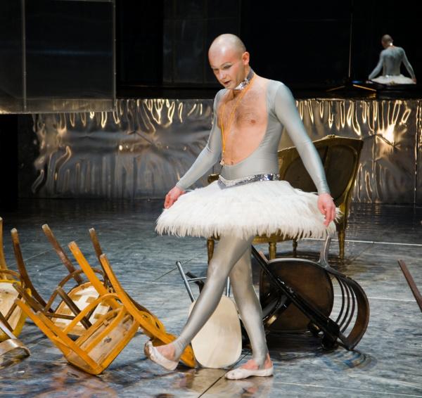 Caligula  - Sorin Leovenau - Martin Sorescu Nemzeti Színház