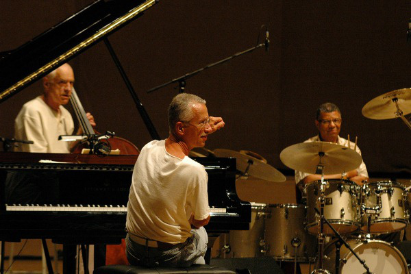 Keith Jarrett - Jack DeJohnette - Gary Peacock