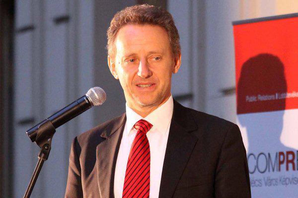 Ernst Woller