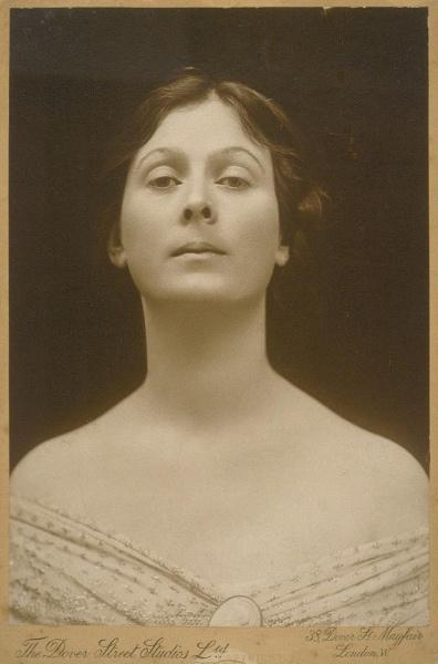 Isadora Duncan (szerző: Charles L. Ritzmann; forrás: University of California; Wikipédia)