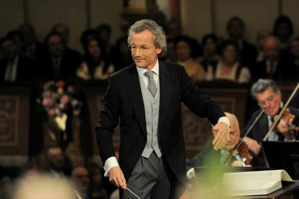 Franz Welser-Möst a 2013-as bécsi újévi koncerten