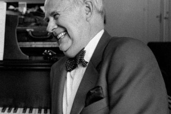 Howard Shaw