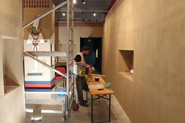 Épülő egyiptomi sírkamra a Kass galériában