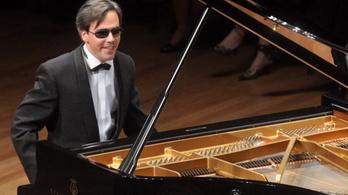 Érdi Tamás zongoraestje