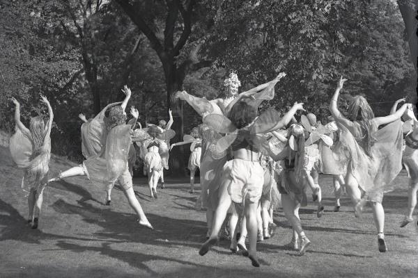 Szentivánéji álom a Margitszigeten,1939