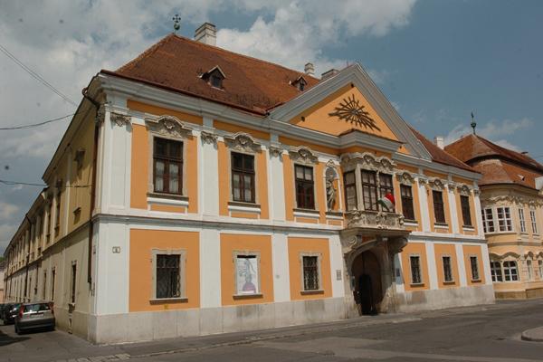 Apátúr-ház, Győr