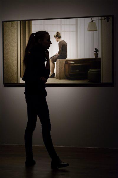 Erwin Olaf kiállítása a MODEM-ben