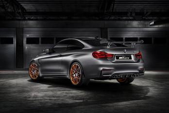 Megmutatták a legdurvább gyári BMW M4-est
