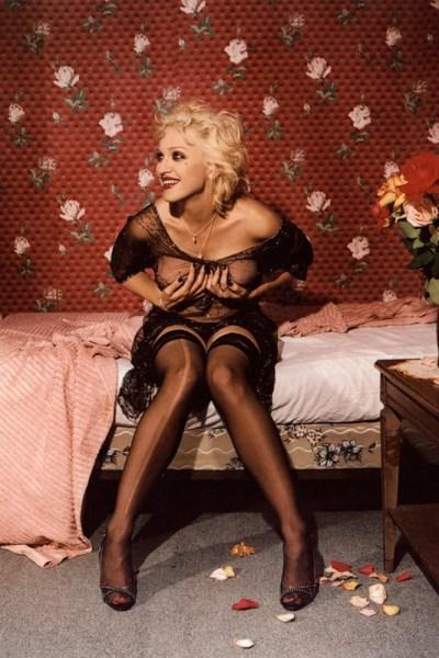 Bettina Rheims fotója a nevető Madonnáról, 1994.