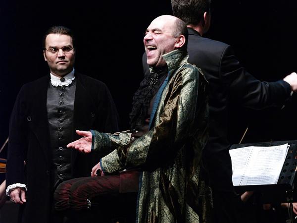 Ármány és szerelem (Nemzeti Színház - fotó: SzoFi)