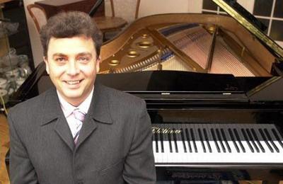 Losó Géza, a balkezes zongora és kotta feltalálója