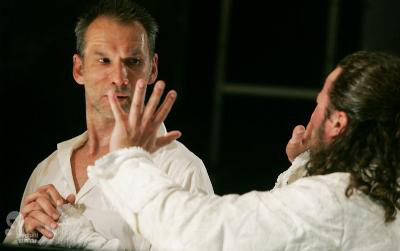 Tartuffe - László Zsolt, Stohl András (Nemzeti Színház - fotó: Sándor Katalin)