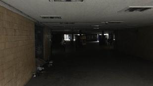 Sötétség honol a Corvin-negyed aluljárójában