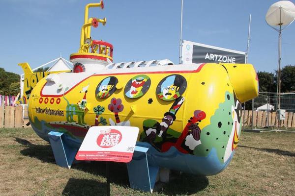 Sárga tengeralattjáró a Sziget ARTZONE-ban