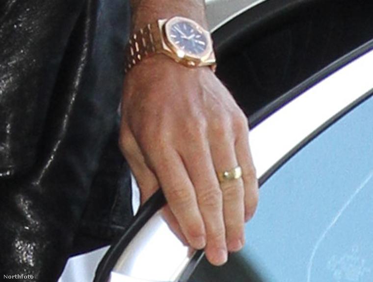 A jegygyűrű Justin Theroux ujján, wow!