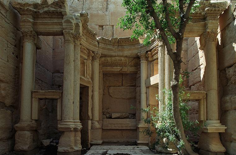 A Baál-Samin templom belülről