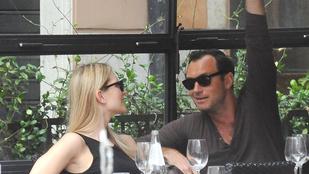 Jude Law igazi macsóként mutatta meg a csajának Rómát