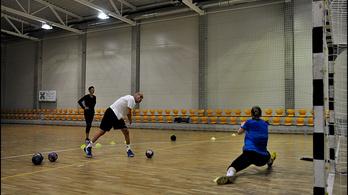 A dán edző csak ámul a siófoki kézisnőkön