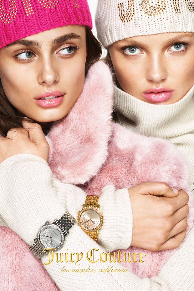 A Juicy Couture, mintha egy 90-es évekbeli katalógusba lőtte volna reklámanyagát. A képeket egyébként a neves fotós páros, Mert Alas és Marcus Piggott készítette a márkának.