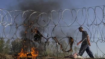 A Fidesz tömeges bevándorlás okozta válsághelyzetről beszél
