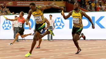 Usain Bolt mindent vitt, harmadik vb-aranyát nyerte