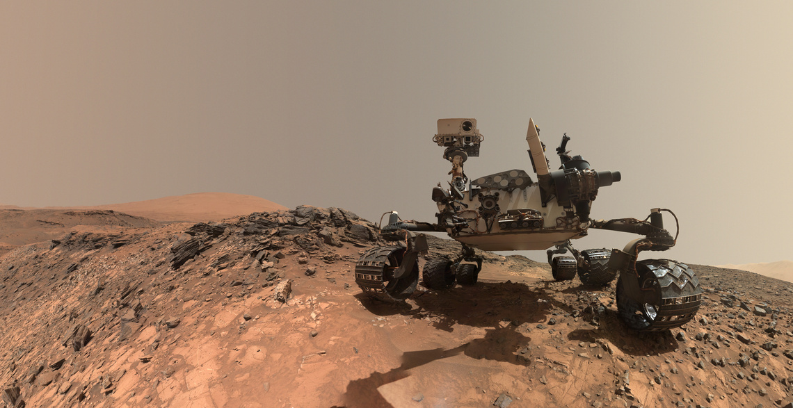 mars-curiosity-rover-msl-horizon-sky-self-portrait-PIA19808-full